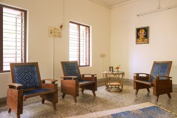 "Sitting room at ""old style"" Keralan house at yoga vacation place"